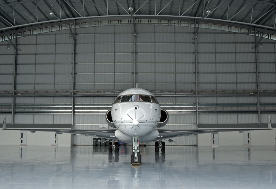 307tag-aircraft-in-hangar
