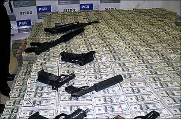 drugs money-and-arms-in-Mexico